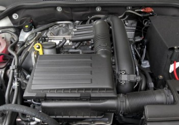 2017 Volkswagen Jetta 1-4L TSI (Comfortline) (32)