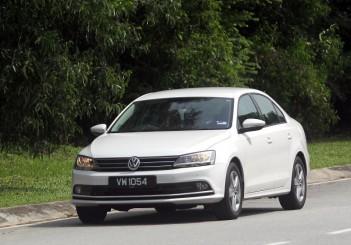 2017 Volkswagen Jetta 1-4L TSI (Comfortline) (33)
