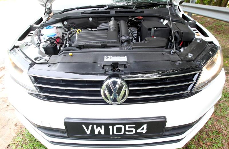 2017 Volkswagen Jetta 1-4L TSI (Comfortline) (35)