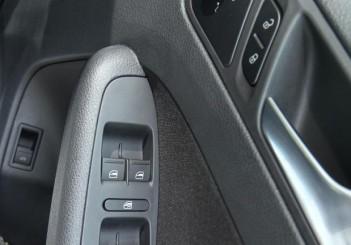 2017 Volkswagen Jetta 1-4L TSI (Comfortline) (36)
