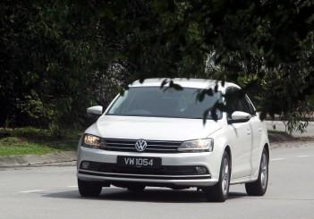 2017 Volkswagen Jetta 1-4L TSI (Comfortline) (40)