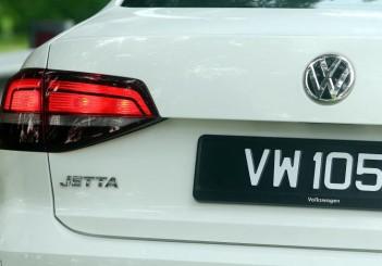 2017 Volkswagen Jetta 1-4L TSI (Comfortline) (7)