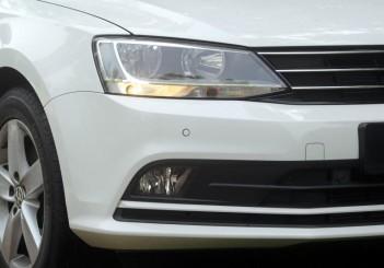 2017 Volkswagen Jetta 1-4L TSI (Comfortline) (9)