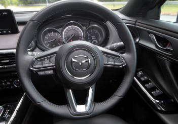 2018 Mazda CX-9 2-5L Turbo 2WD (2)