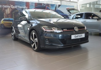 2018 updated Golf GTI (29)