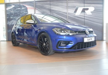 2018 updated Volkswagen Golf R (40)