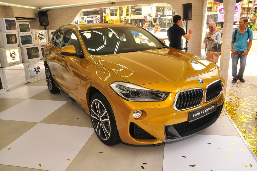bmw x2 sdrive20i m sport introduced at rm320 800 carsifu. Black Bedroom Furniture Sets. Home Design Ideas