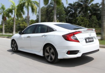 Honda Civic 1.5TC-P - 08