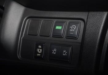 2018 Nissan Serena 2-litre S-Hybrid (Highway Star) (12)