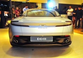 Aston Martin DB11 V8 - 12