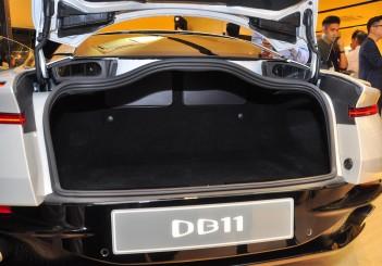 Aston Martin DB11 V8 - 14