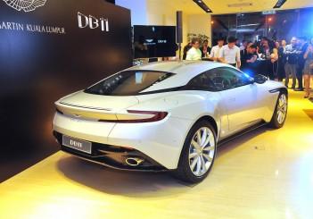 Aston Martin DB11 V8 - 16