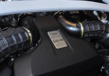 Aston Martin DB11 V8 - 33