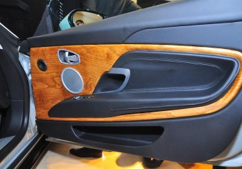 Aston Martin DB11 V8 - 35