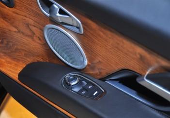 Aston Martin DB11 V8 - 36