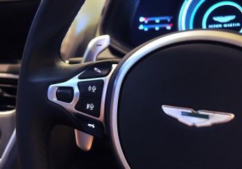 Aston Martin DB11 V8 - 44