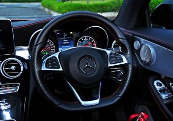 Mercedes-AMG C43 - 75