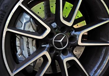 Mercedes-AMG C43 - 94
