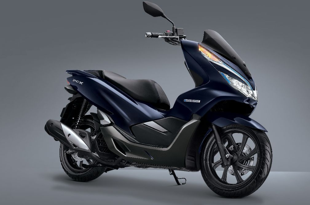 honda pcx hybrid debuts in indonesia carsifu. Black Bedroom Furniture Sets. Home Design Ideas