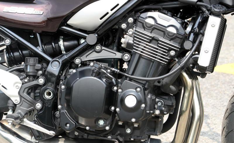 Kawasaki Z900 RS - 07