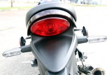 Kawasaki Z900 RS - 15
