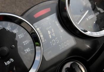 Kawasaki Z900 RS - 21