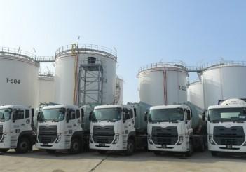 UD Trucks Handover to UPC Chemicals_03