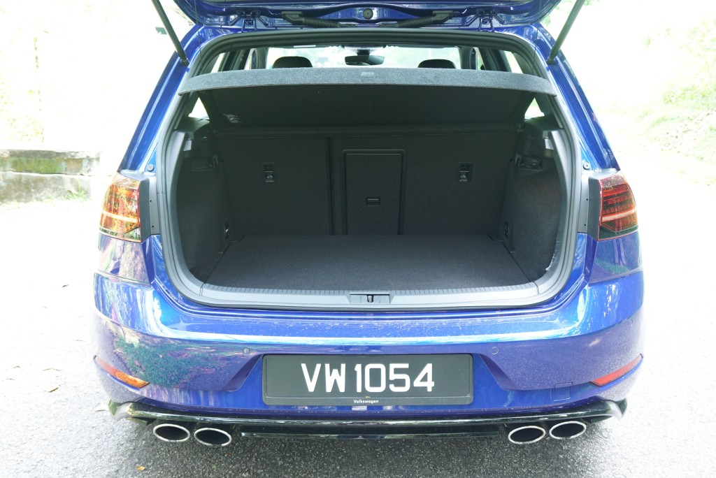 VW Golf R (15)