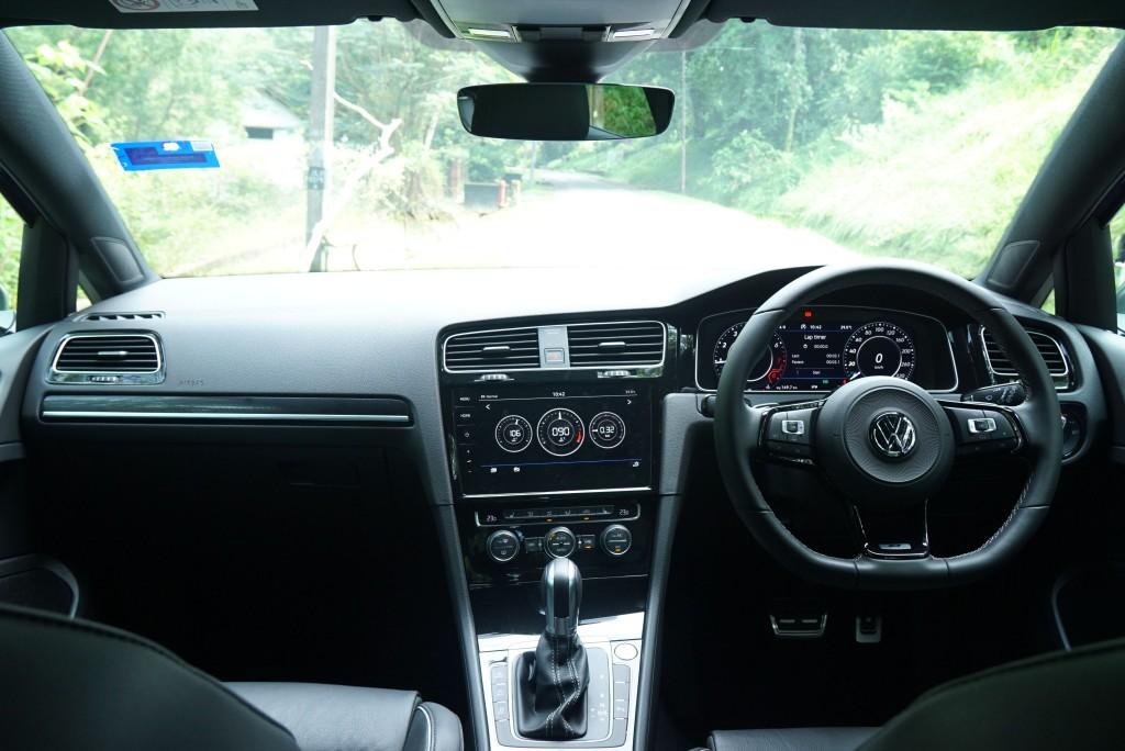 VW Golf R (7)