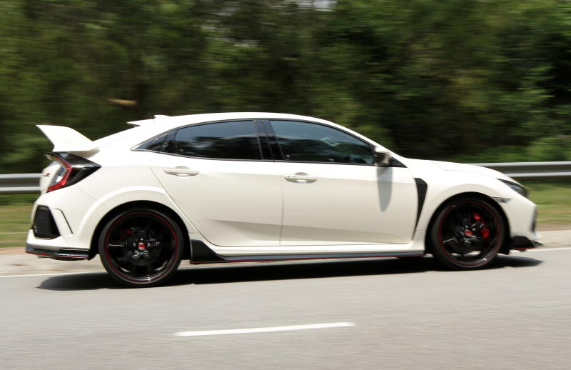 2018 Honda Civic Type R (7)