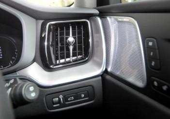 2018 Volvo XC60 (64)