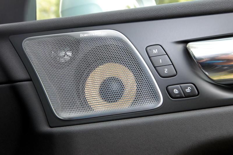 2018 Volvo XC60 (9)