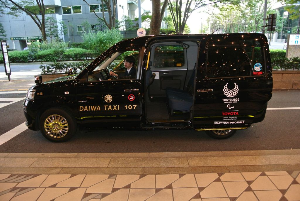 A JPN taxi based on the Toyota Sienta..