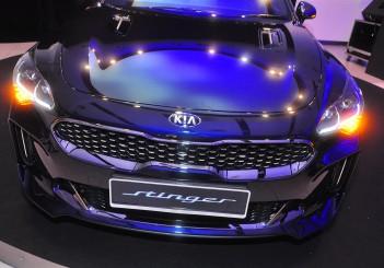 Kia Stinger 2.0 GT-Line - 11
