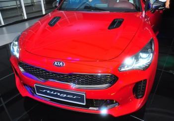 Kia Stinger 3.3 V6 GT - 04