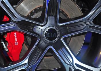 Kia Stinger 3.3 V6 GT - 12