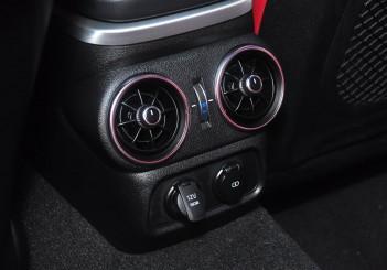 Kia Stinger 3.3 V6 GT - 28