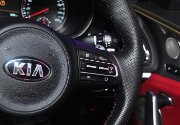 Kia Stinger 3.3 V6 GT - 42