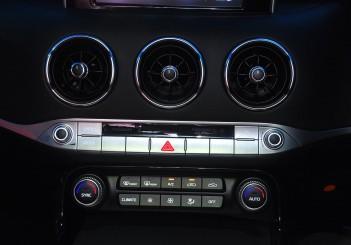 Kia Stinger 3.3 V6 GT - 47