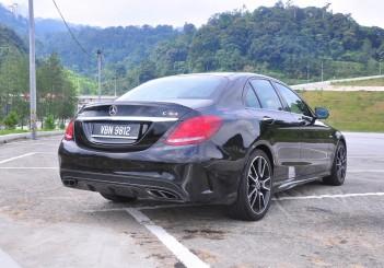 Mercedes-AMG C43 - 05