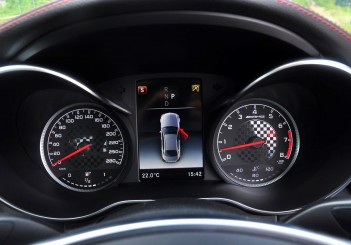 Mercedes-AMG C43 - 18