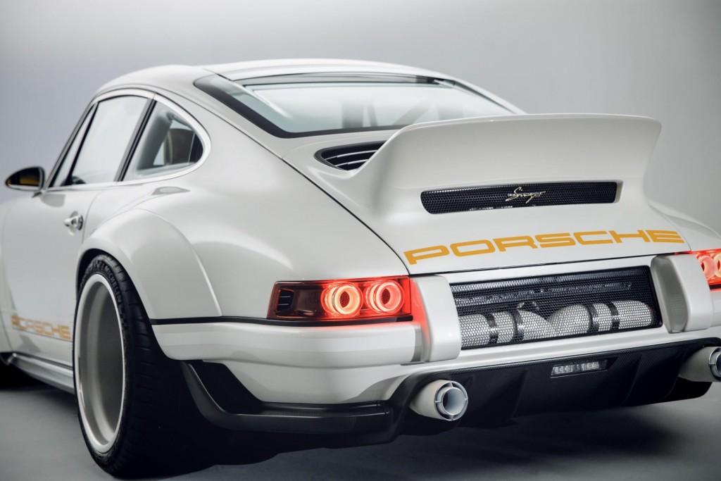 Porsche 911 (1989) - 02 Reimagined by Singer Vehicle Design