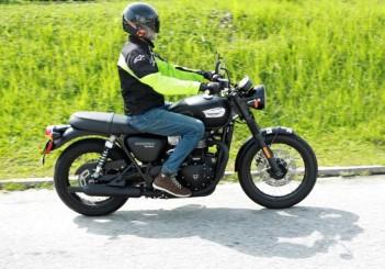 Triumph Bonneville T100 - 02