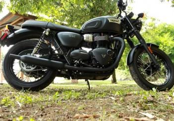 Triumph Bonneville T100 - 06