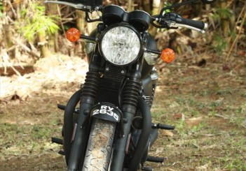 Triumph Bonneville T100 - 10