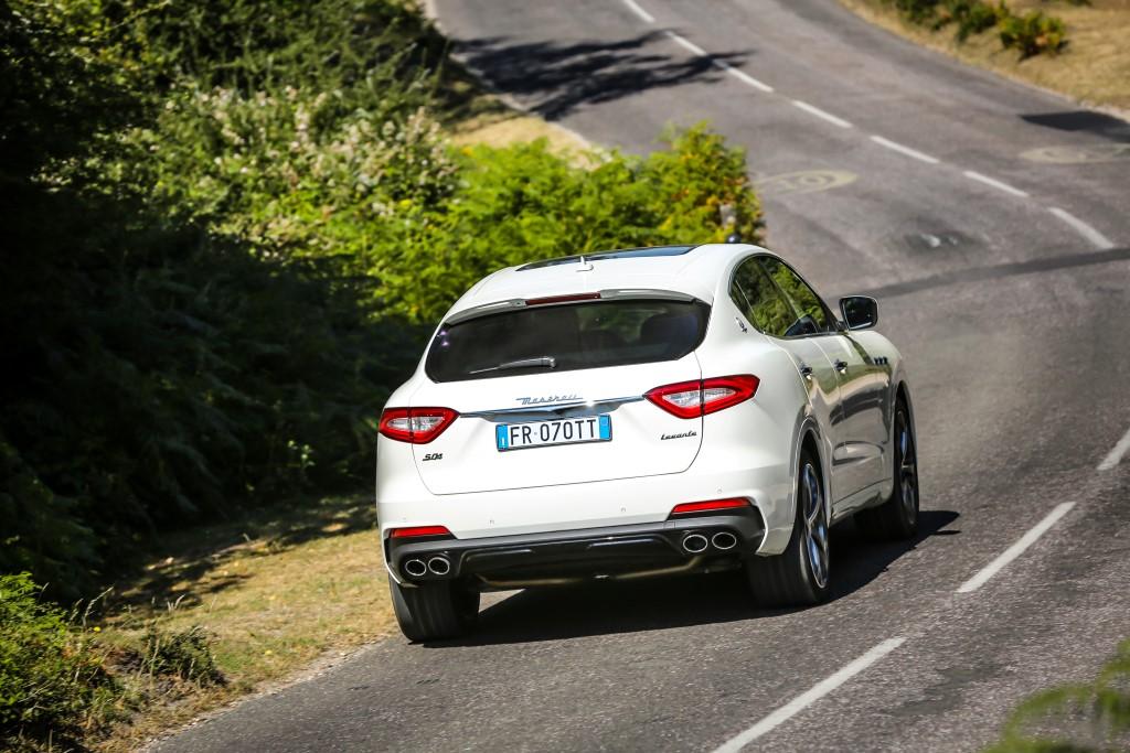 2019 Maserati Levante S GranSport (20)