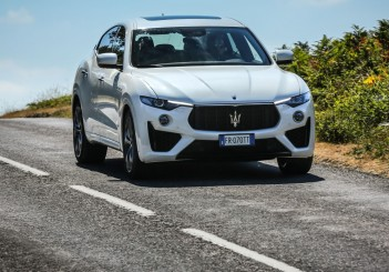 2019 Maserati Levante S GranSport (4)