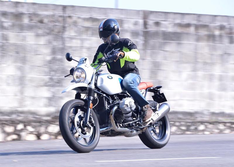 BMW Motorrad R nineT Urban GS  (19)