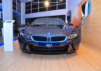 BMW i8 - 04