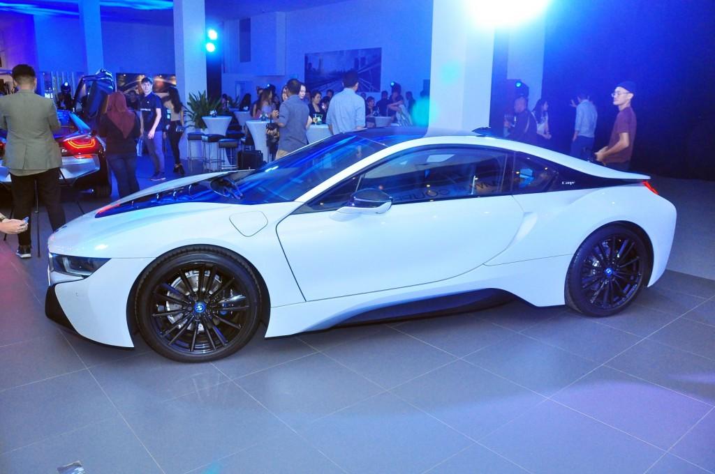 BMW i8 Coupe - 03